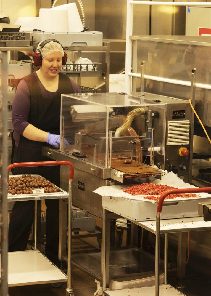 suklaanvalmistusta Iittalassa
